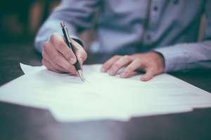 Zmiana pracy a umowa