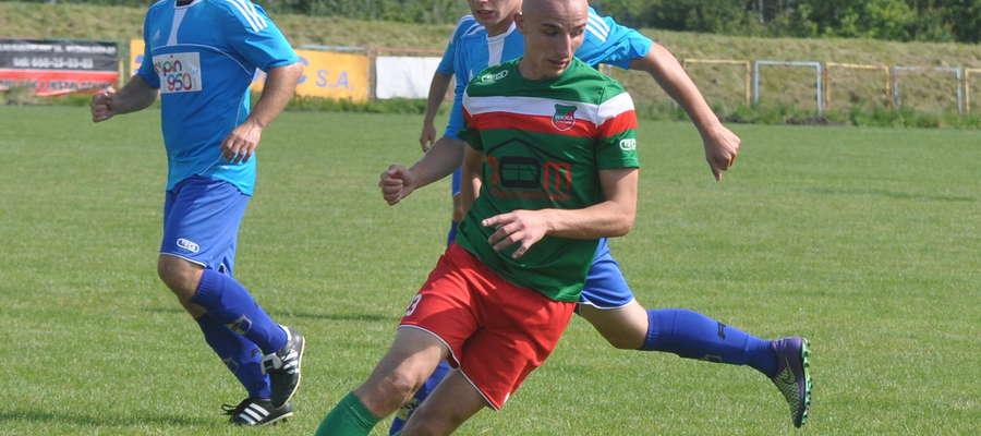 Mariusz Rutkowski zapewnił zwycięstwo Wkrze Żuromin fot. mo