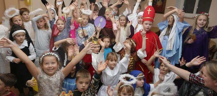 Bal Wszystkich Świętych w parafii na Dajtkach