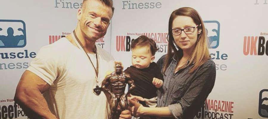 Marcin z żoną Iwoną i synem Brunem