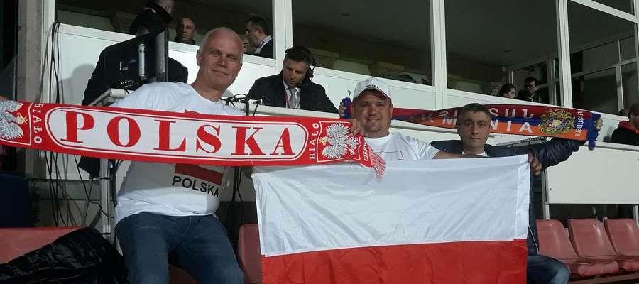 Od lewej strony Zbigniew Adamski, Krzysztof Kaczmarczyk i Armen Ghazaryan, a w tle - znana doskonale para komentatorów, Mateusz Borek i (schowany) Tomasz Hajto