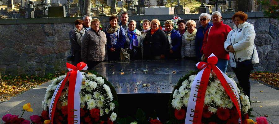 Anibabki na wileńskim cmentarzu na Rossie