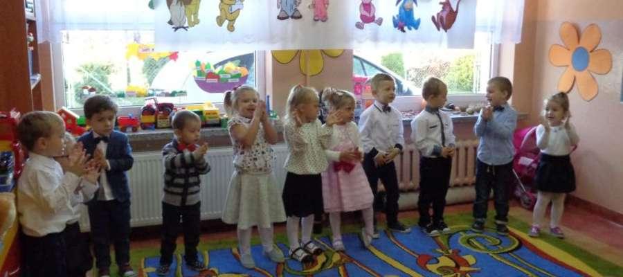 Przedszkolaki z Zajączkowa w ważnym dla nich dniu