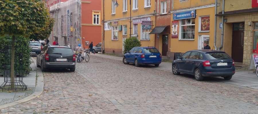 Parkowanie na lidzbarskim deptaku