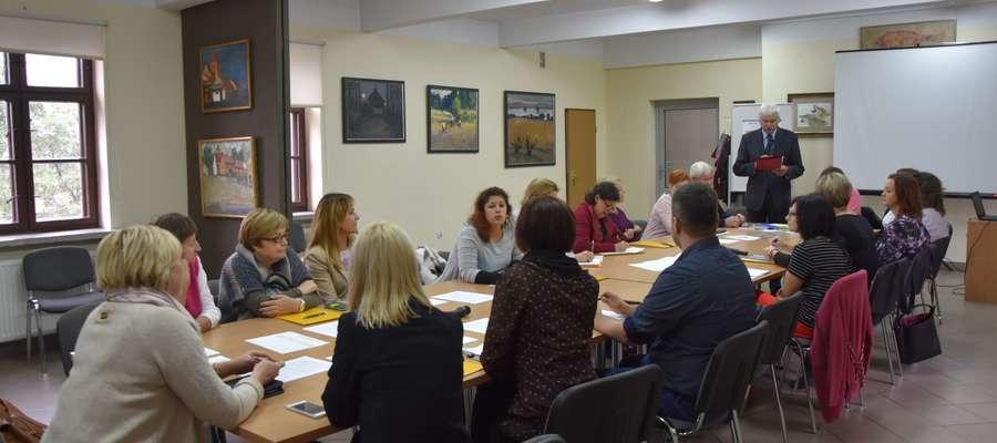 Uczestnicy warsztatu dzielili się swoimi doświadczeniami