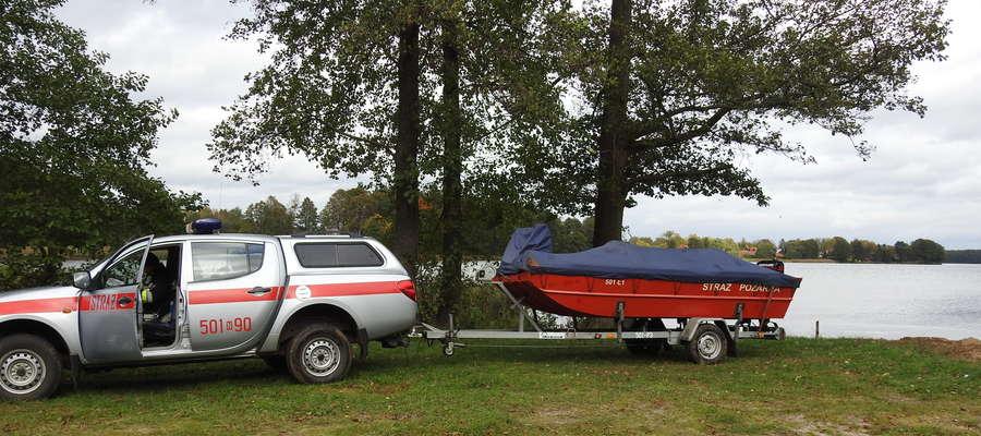 Trwa akcja ratunkowa na jeziorze Omulew