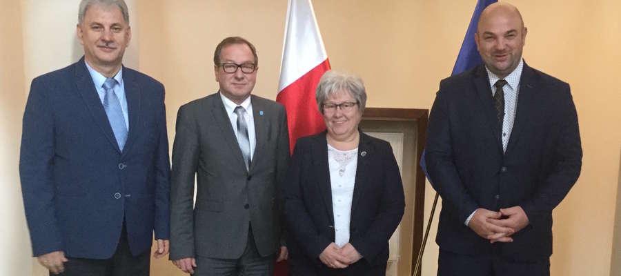 Władze powiatowe z Senator RP Bogusławą Orzechowską