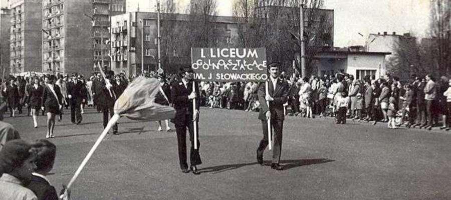 70 -lecie I LO