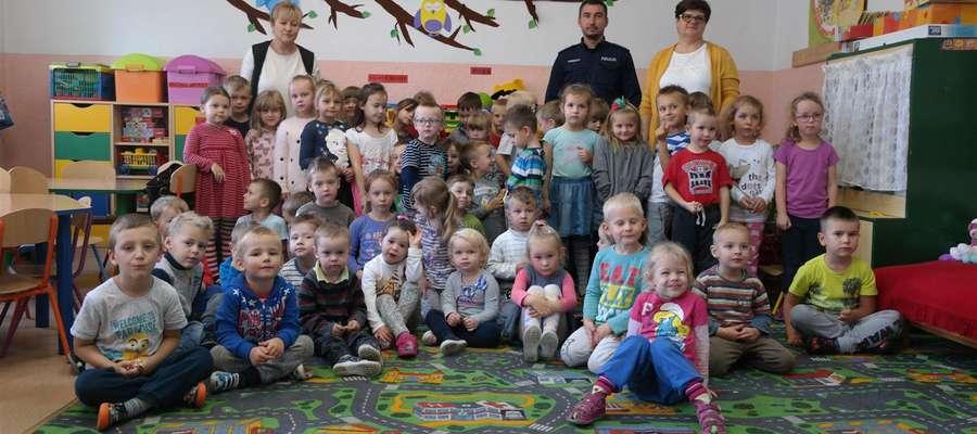 Policjanci odwiedzili dzieci