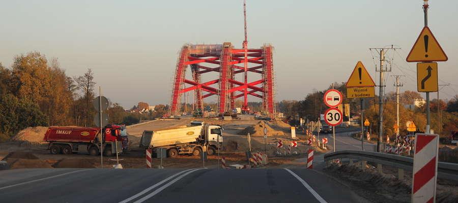 Budowa wiaduktu nad Szelągiem dobiega końca. Tędy będzie przebiegać obwodnica Ostródy w ciągu S7