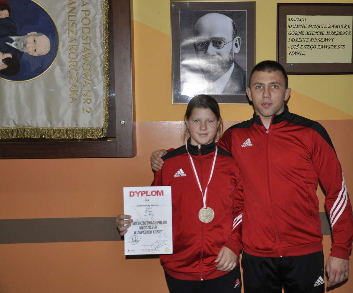 Ewelina na drugim miejscu podium w Piotrkowie