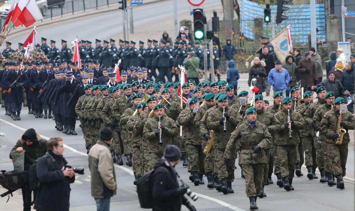 Śpiewy, biegi i inne atrakcje, czyli jak uczcić Święto Niepodległości?  - full image