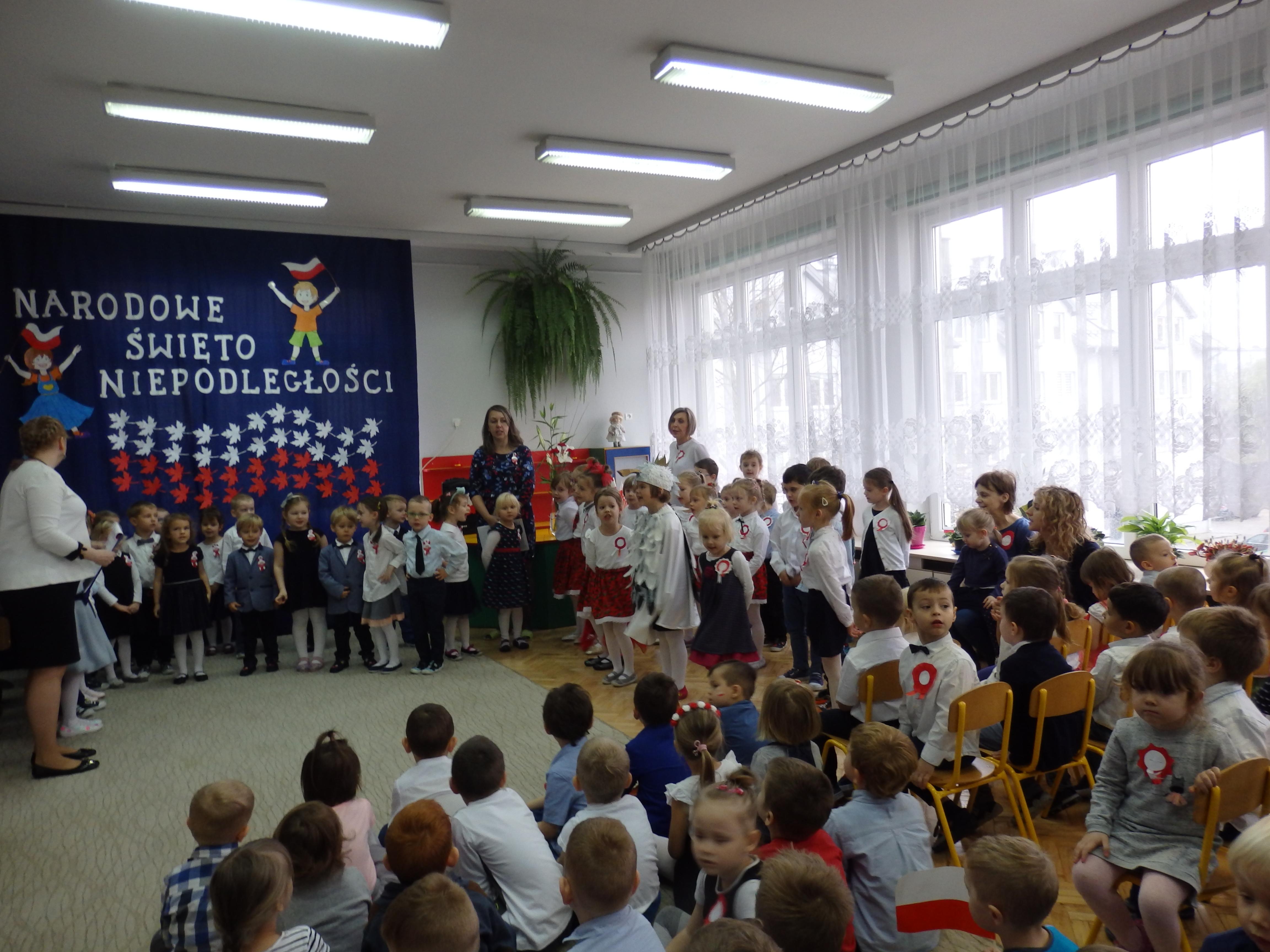 Przedszkolaki śpiewały Piosenki Patriotyczne Nidzica