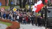 Przemaszerowali z flagą przez miasto. Święto Niepodległości w Elblągu [film, zdjęcia]