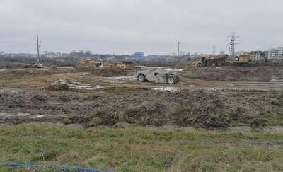 Prace na budowie marketu przy skrzyżowaniu Sikorskiego i Tuwima w Olsztynie