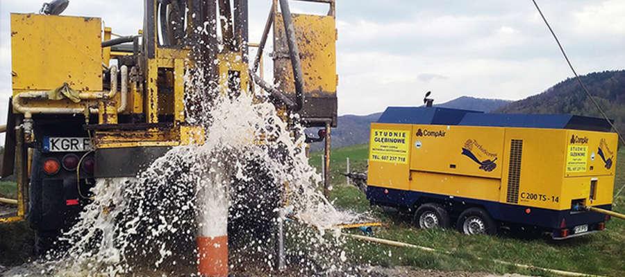Stacja Uzdatniania Wody we wsi Pęczki Kozłowo rozwiąże problem z wodą