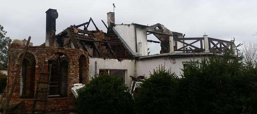 Rodzina pogorzelców została bez dachu nad głową