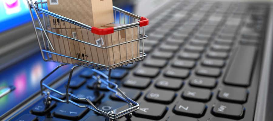 Internetowe sklepy i aukcje to nie tylko okazje dla kupujących do oszczędzania, ale również dla oszustów do wyłudzania pieniędzy