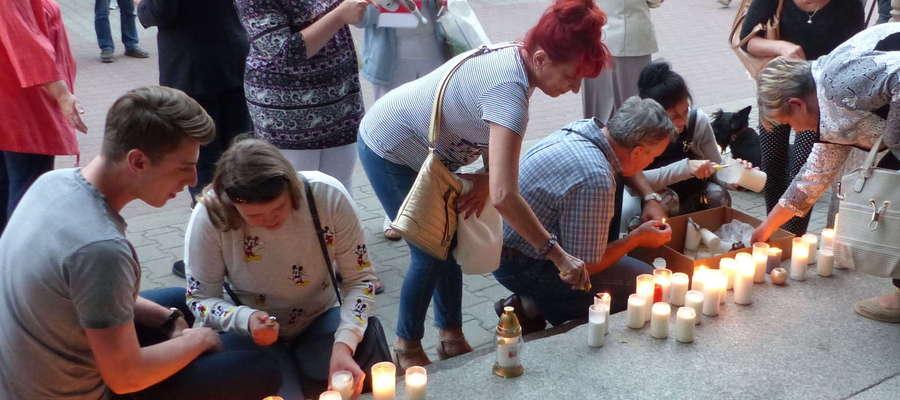 Manifestacja przed elbląskim Sądem Okręgowym w lipcu tego roku