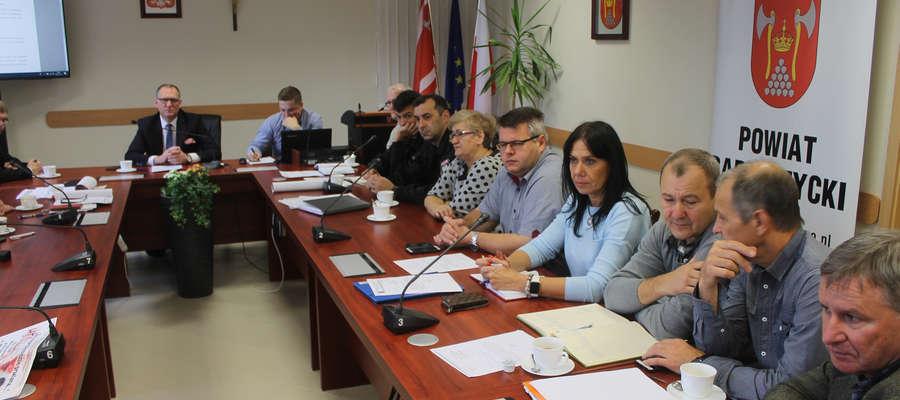 31 października w starostwie w Bartoszycach spotkał się powiatowy sztab kryzysowy. Rozmawiano o sytuacji powodziowej.