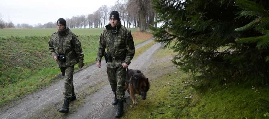 W Straży Granicznej Ergo pełnił służbę dziesięć lat.