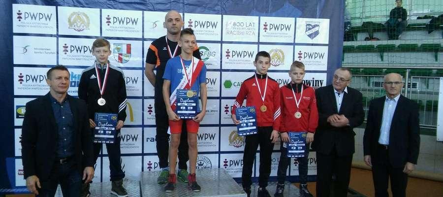 Zapasy - Rafał Wangin na podium