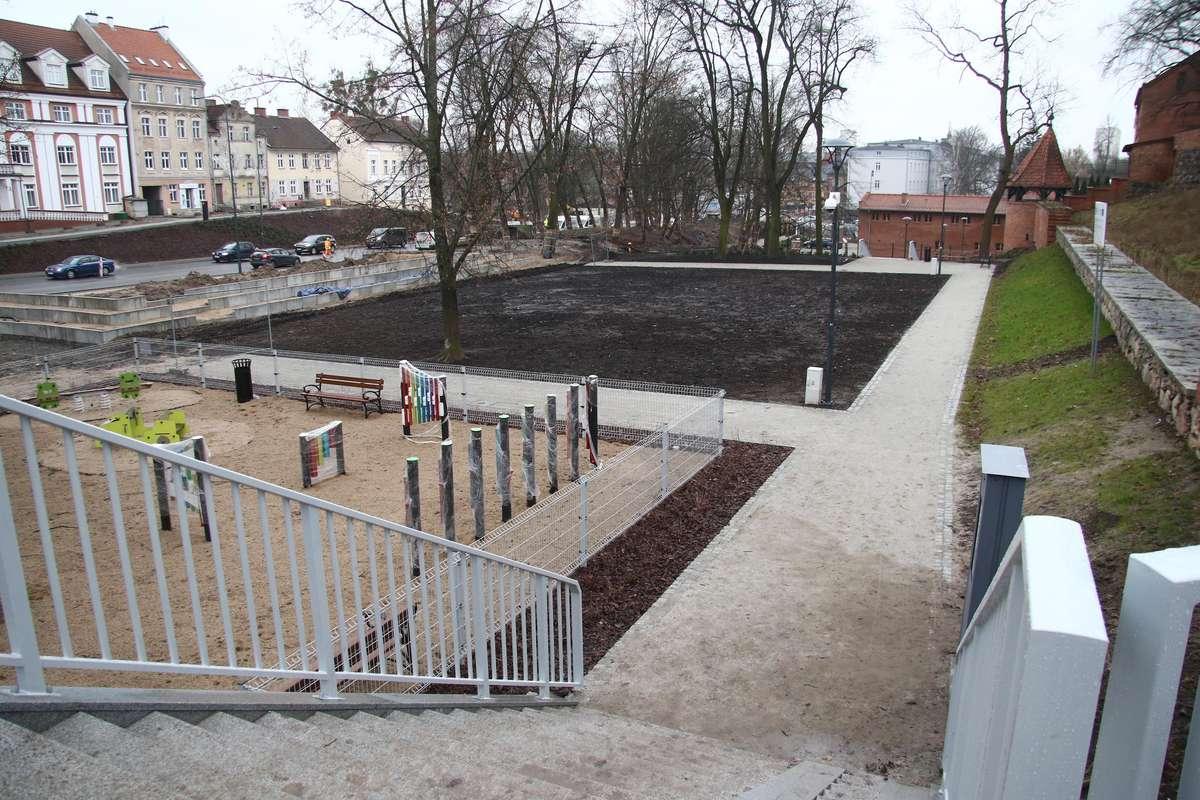 Planty przy Pieniężnego  Olsztyn- Nz. pierwsza oddana do użytku część plant przy ul. Pieniężnego