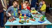 Nietypowa wystawa w Ełku. Dzieci razem zbudowały święta z klocków
