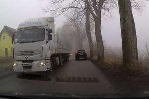 Czytelnik: ciężarówki w Starych Jabłonkach w końcu kogoś zabiją!