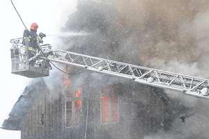 Pożar w Gronowie Elbląskim. Płonął dom przy ul. Kolejowej [zdjęcia]