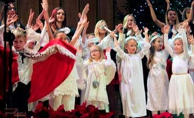 Art School i Radość w świątecznym nastroju