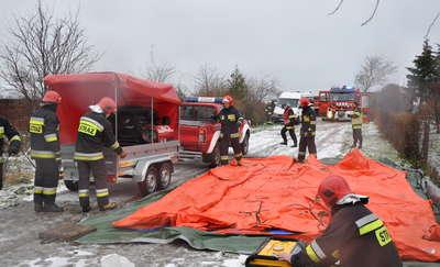 Ćwiczenia lidzbarskich strażaków w warunkach zimowych