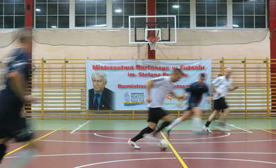 Futsalowe mistrzostwa Bartoszyc: pierwsza porażka obrońców tytułu