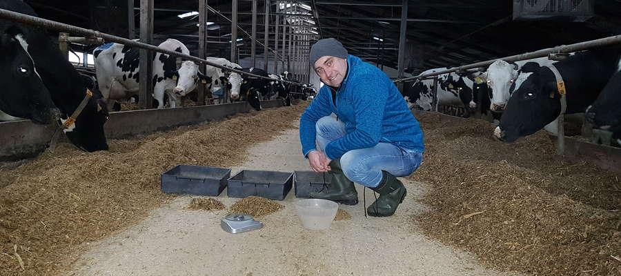 Jeżeli zwierzęta będą zdrowe i będą czuły się komfortowo gwarantuję, że odpłacą odpowiednią ilością i jakością mleka — mówi Piotr Skoczek, specjalistą z zakresu zootechniki i żywienia przeżuwaczy