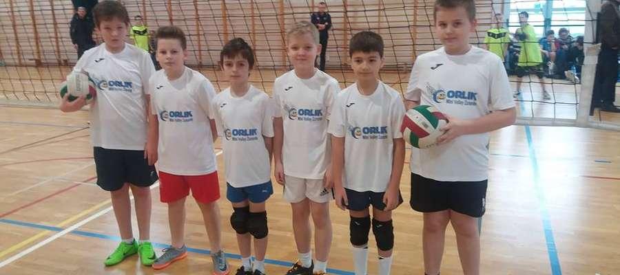 Drużyny Mini Volley Żuromin w kategorii dwójek