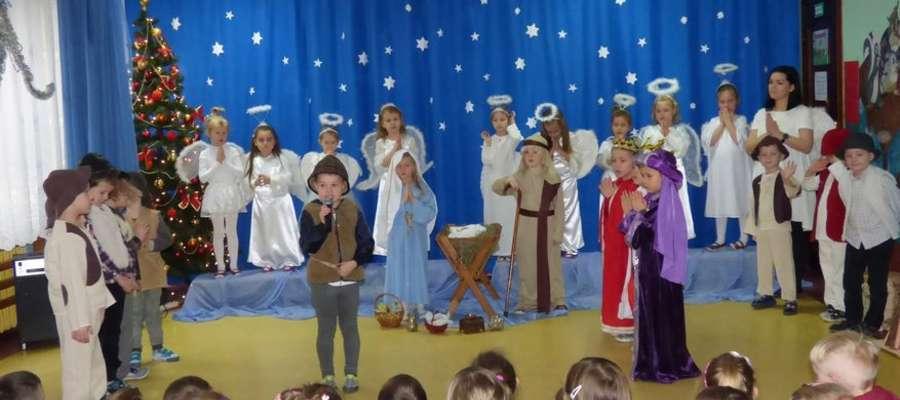 Dzieci zamieniły się w małych aktorów