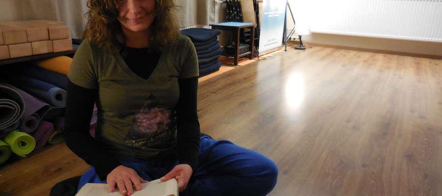 Anna Hajduczenia interesuje się filozofią, medycyną i literaturą dalekiego Wschodu