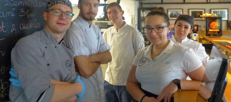 Na zdjęciu od lewej: Karol, Sebastian, Dawid, Kasia i Ola