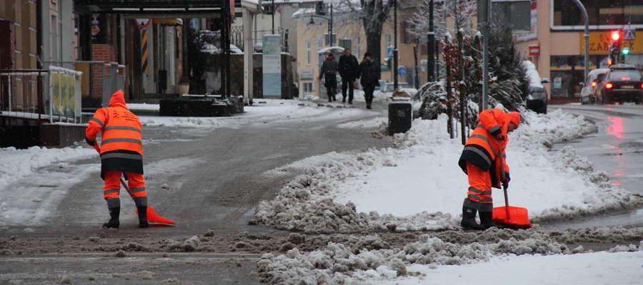 Sprzątanie miejskich ulic 1 grudnia 2017 r