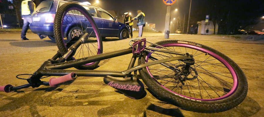 Nastoletni rowerzysta potrącony na przejściu dla pieszych w Olsztynie