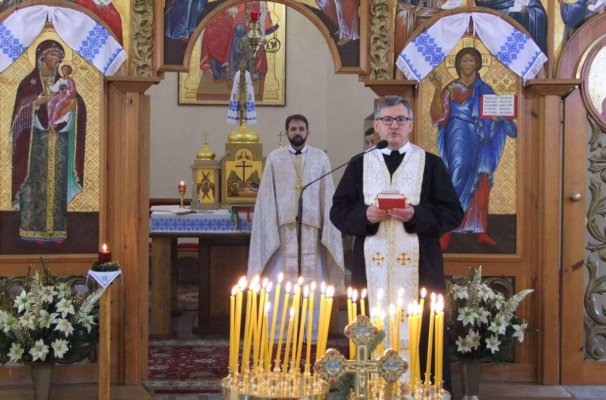 Ukraińcy świętują Boże Narodzenie - full image