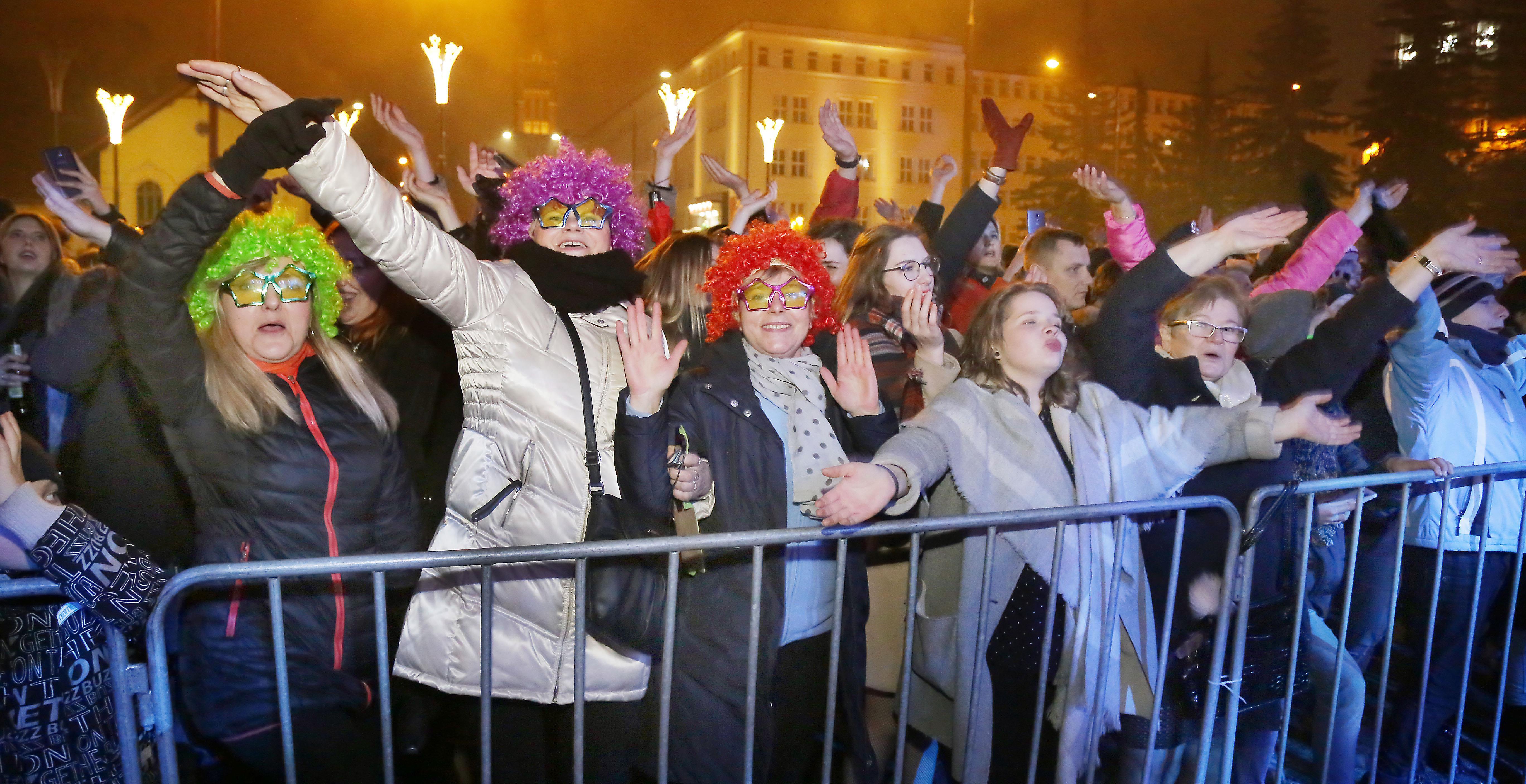 Sylwester 2017-2018  Olsztyn-przywitanie Nowego Roku w mieście, koncert,pokaz sztucznych ogni.