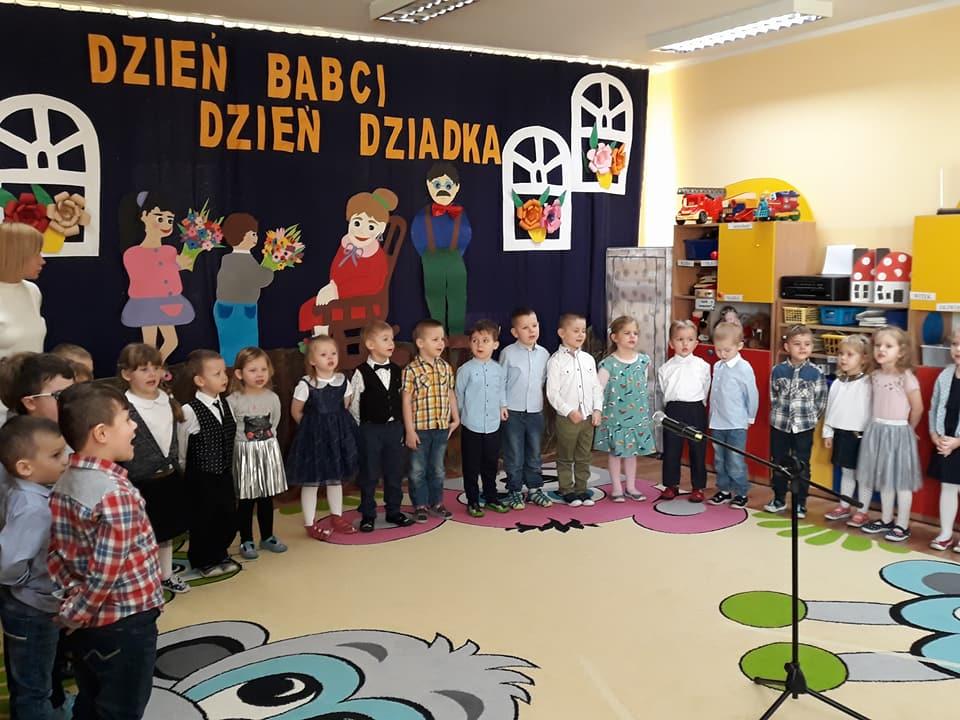 Dzień Babci I Dziadka W Przedszkolu Publicznym Nr 2 Bartoszyce