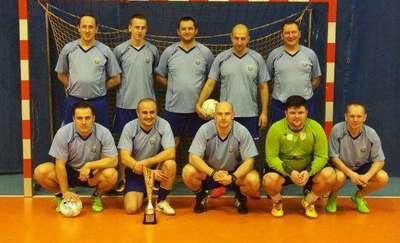 Kętrzyńscy policjanci najlepsi podczas turnieju piłki halowej w Olecku