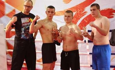 Trzy walki i trzy zwycięstwa kickbokserów podczas gali CSA Fight Night