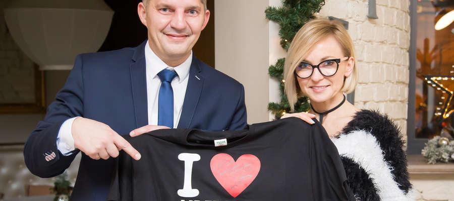 fot. — Koszulkę — wyznanie miłości dla Lidzbarka Warmińskiego z dedykacją od Ani Wyszkoni będzie można wylicytować podczas finału WOŚP w LDK