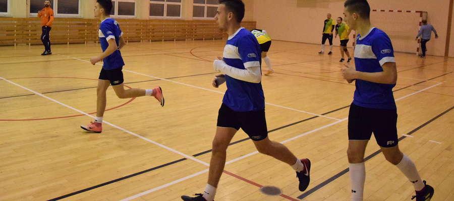 Piłkarze z Lichtajn utarli nosa kilku faworytom