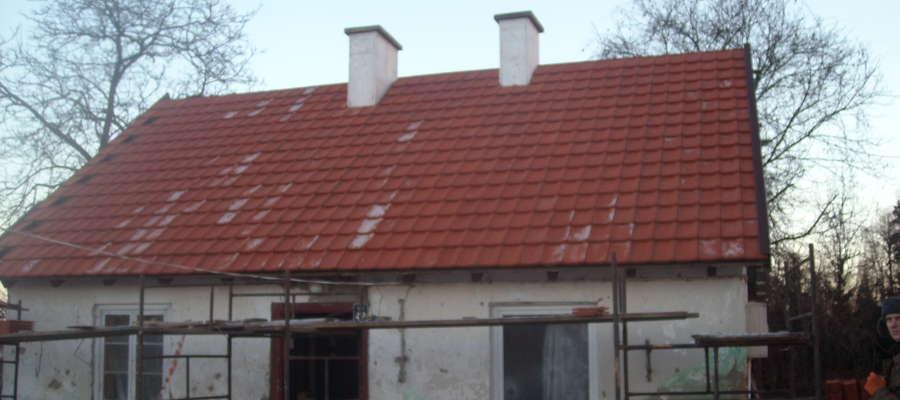 Aktualnie wykonano m.in. remont dachu i kominów
