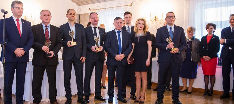 W uznaniu zasług firm z terenu Gminy Susz, których ekspansja wpływa bezpośrednio na rozkwit gminy, Burmistrz Susza uhonorował czworo przedsiębiorców
