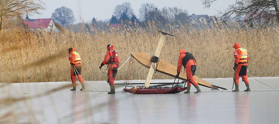 Dzisiejszy groźny incydent na jeziorze Klebarskim w gminie Purda